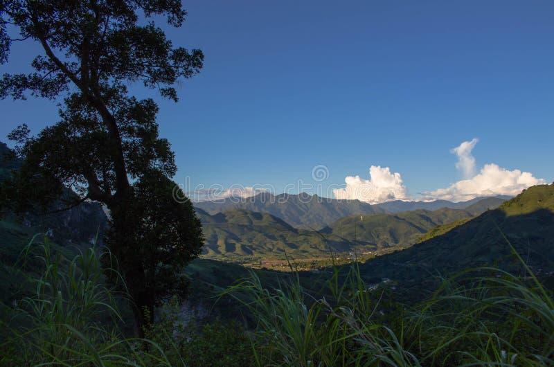 Valle di Muong Bu fotografie stock libere da diritti