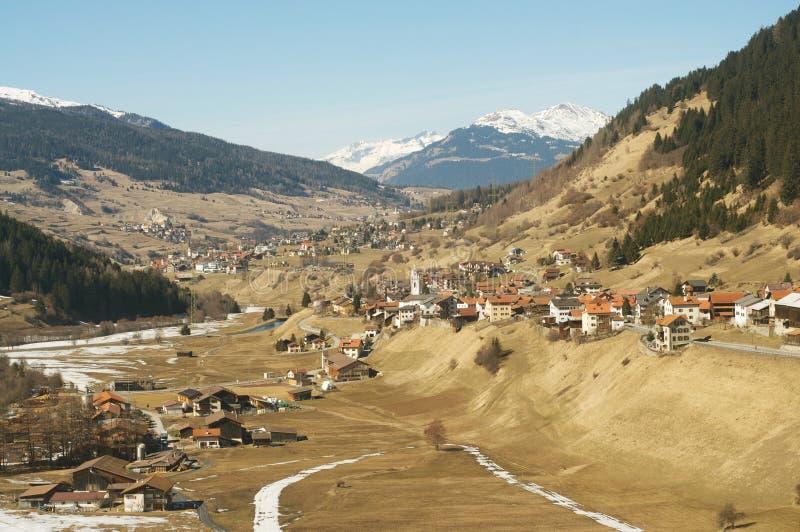 Valle en las montan@as suizas fotografía de archivo libre de regalías