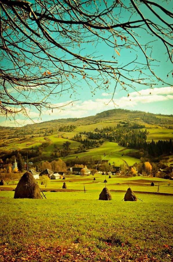 Valle en una montaña fotografía de archivo libre de regalías