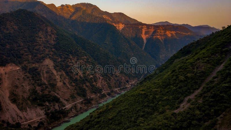 Valle estrecho del revelador Prayag imagenes de archivo