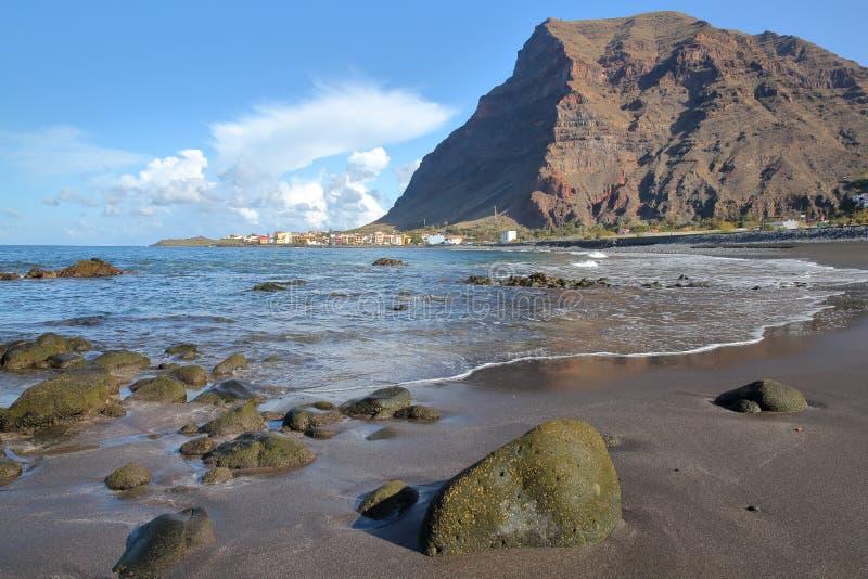 VALLE GRAN REY, LA GOMERA, SPANJE: Het strand van La Playa in La Puntilla stock afbeelding
