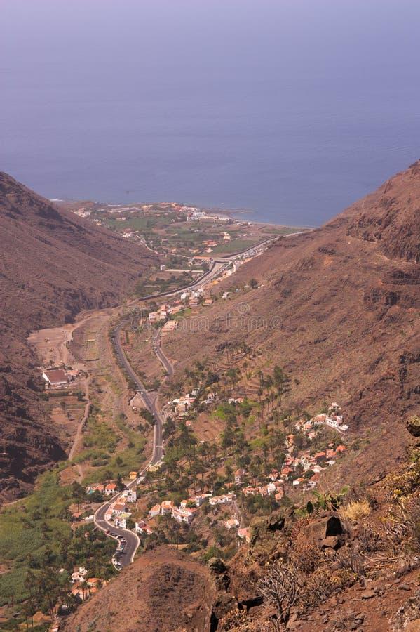 Valle Gran Rey vanaf de bovenkant van de berg stock fotografie