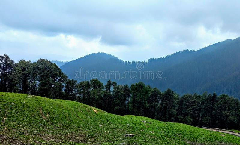 Valle Himachal Pradesh India di Jibhi fotografia stock