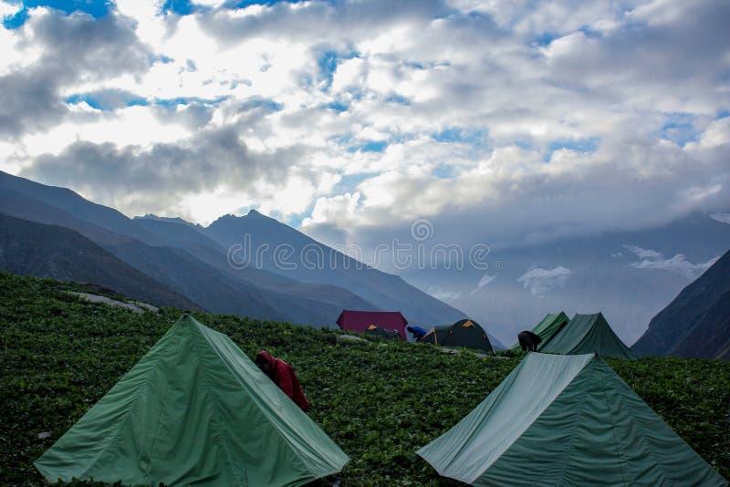 Valle verde delle montagne, India fotografia stock