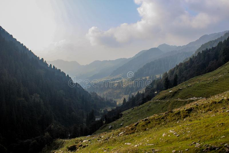 Valle verde delle montagne, India immagini stock libere da diritti