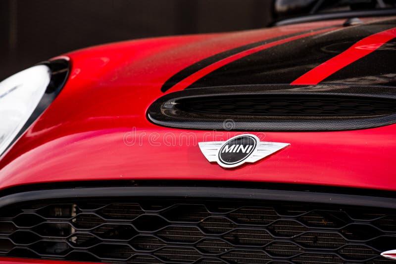 Vallelunga, Italia 24 de septiembre de 2017 Mini logotipo del frente del coche del tonelero fotos de archivo libres de regalías