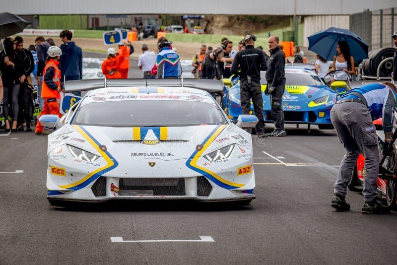 Vallelunga Italien september 24 2017 Huracan Lamborghini ankommer arkivfoto