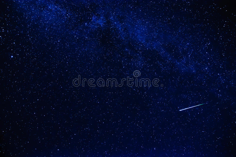 Vallende ster in de hemel stock fotografie