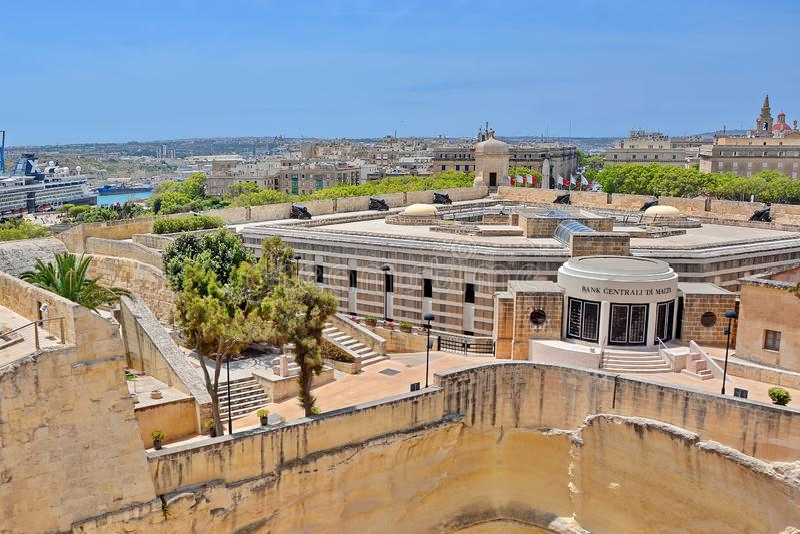 Valleta, Malta - Zentralbank lizenzfreies stockbild