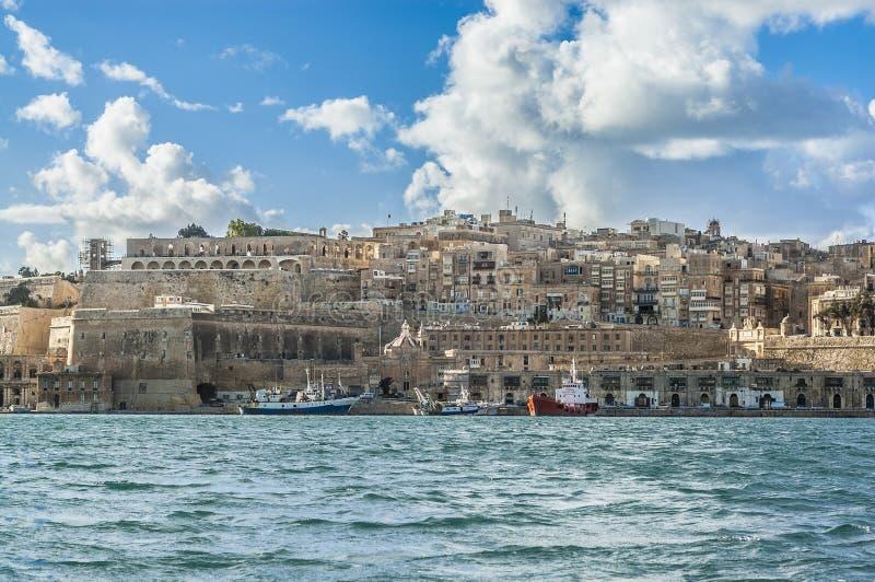 VallettasüdUfergegend in Malta lizenzfreie stockbilder