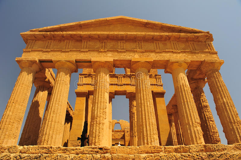 Download Valley Of The Temples In Agrigento Royalty Free Stock Photo - Image: 15845975
