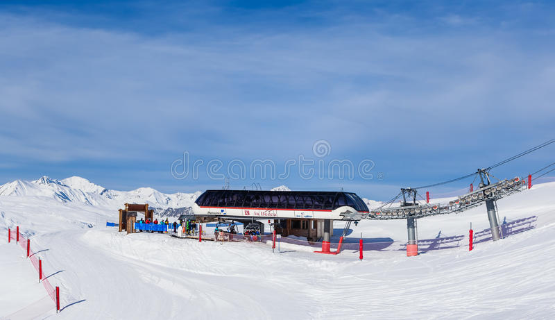 Valley view of Val Thorens. Lower La Becca lift station stock image