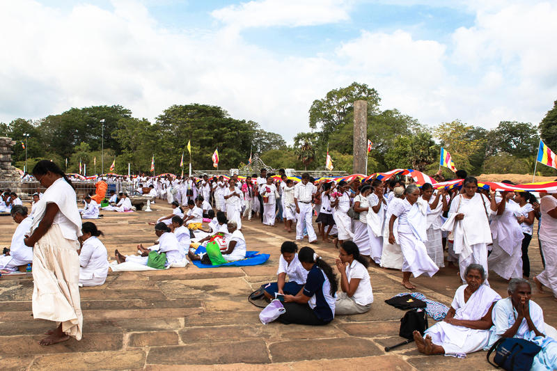 Vallfärdar i Anuradhapura, Sri Lanka royaltyfri fotografi