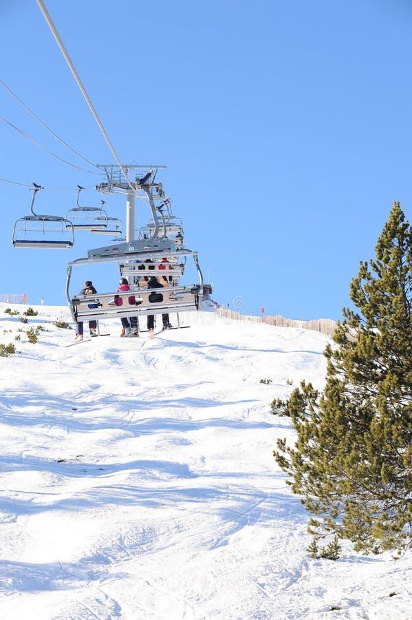 VallNord, стул El Cubil подъема лыжи и наклон Cubil, княжество Андорры, восточных Пиренеи, Европы стоковые изображения rf