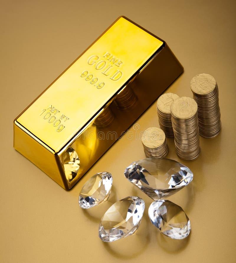 Valor de ouro, conceito financeiro ambiental imagem de stock