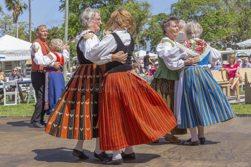 Valor do lago, Florida, EUA festival de Sun da meia-noite do 3 de março de 2019 que comemora a cultura finlandesa imagens de stock royalty free