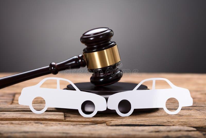 Valoración del daño del coche imagen de archivo
