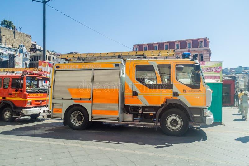 VALPARAISO, CHILE - 29 DE MARZO DE 2015: Vehículo del pelotón alemán de bomberos de Valparaiso Este vehículo se describe cerca foto de archivo libre de regalías