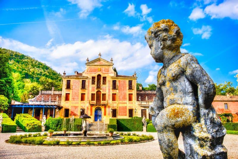 Valsanzibio fa il giardinaggio area euganean Veneto r delle colline della provincia di Padova immagini stock libere da diritti