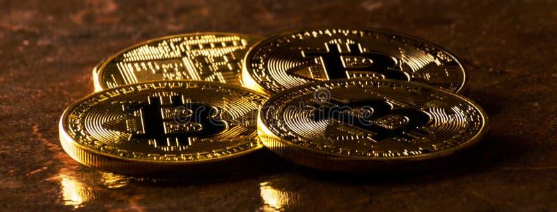 Valuta cripto Bitcoin dorato, BTC, moneta macro presa, bitcoin MI fotografie stock libere da diritti