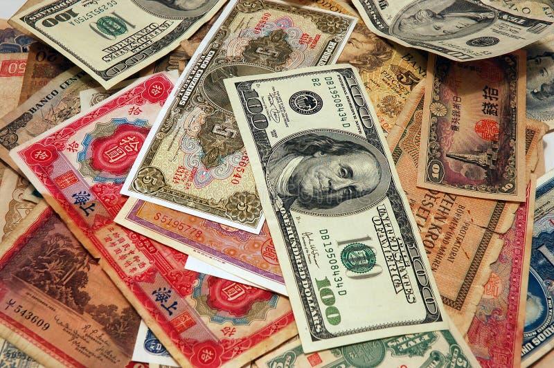 valutastapel royaltyfri bild