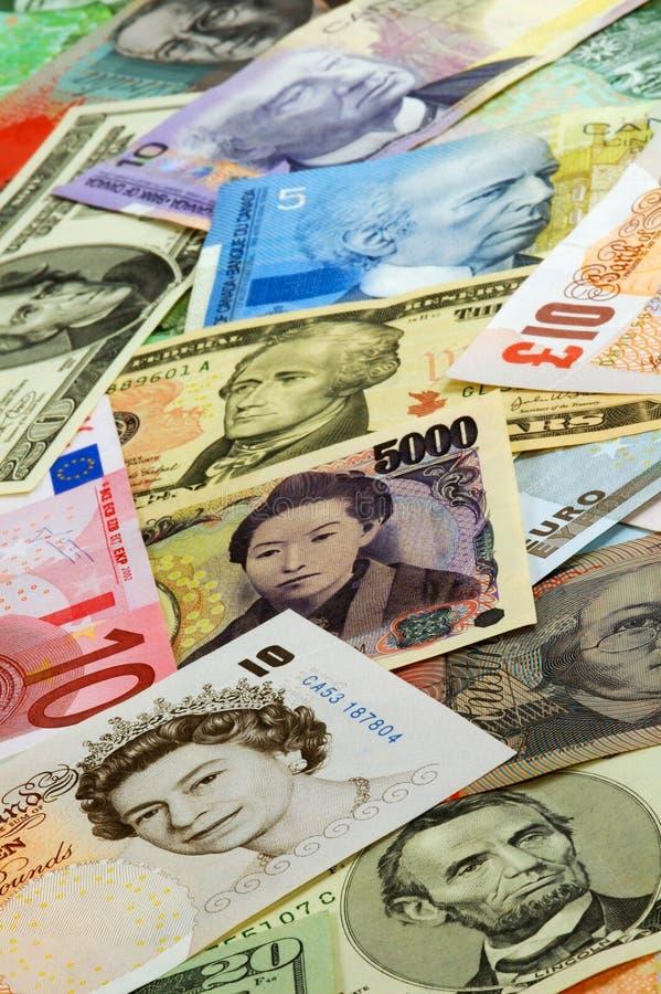 Valute differenti immagini stock