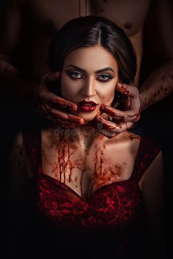 Vampiro atractivo de la muchacha fotos de archivo libres de regalías