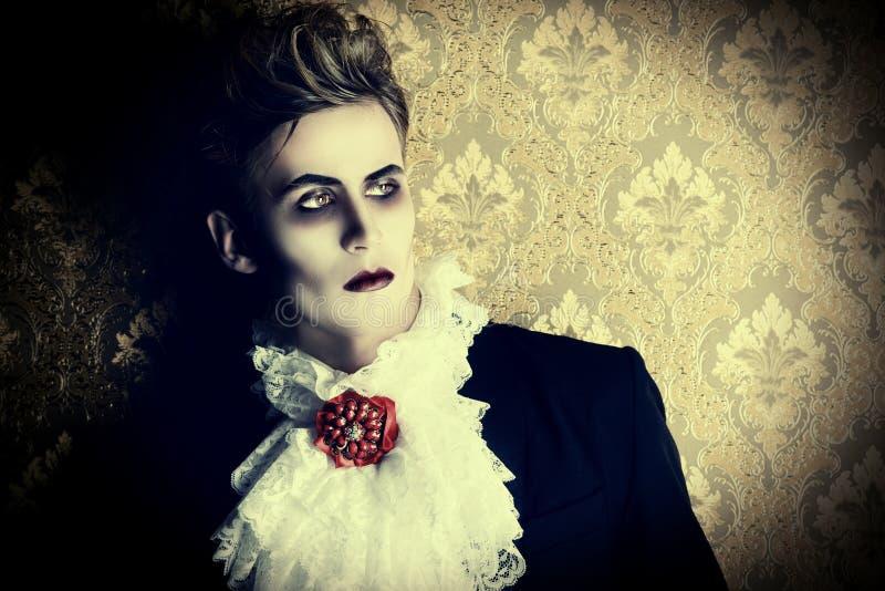 Vampiro do príncipe imagens de stock royalty free