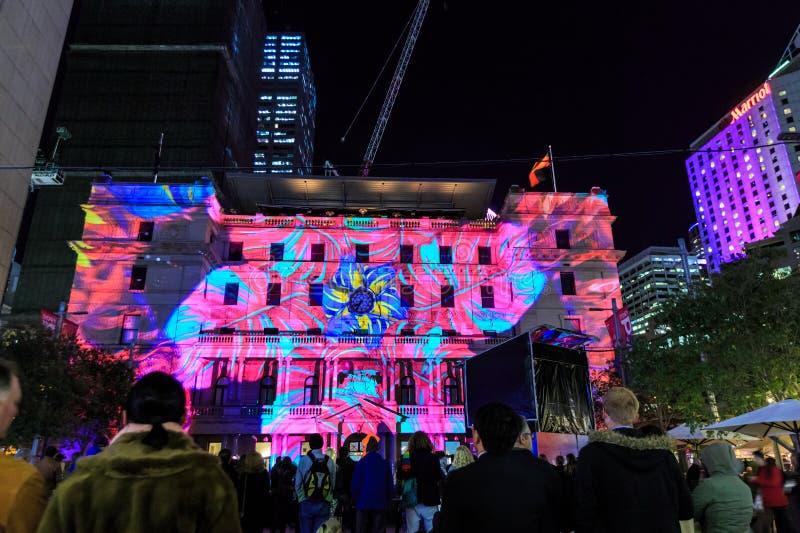 Van 'levendig Sydney 'het festival, Sydney, Australië Douanekantoor stak omhoog bij nacht aan royalty-vrije stock foto's