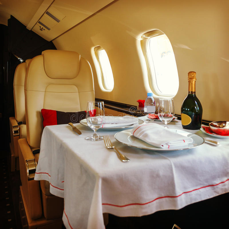 Van bedrijfs luxe binnenlandse vliegtuigen luchtvaart stock afbeeldingen
