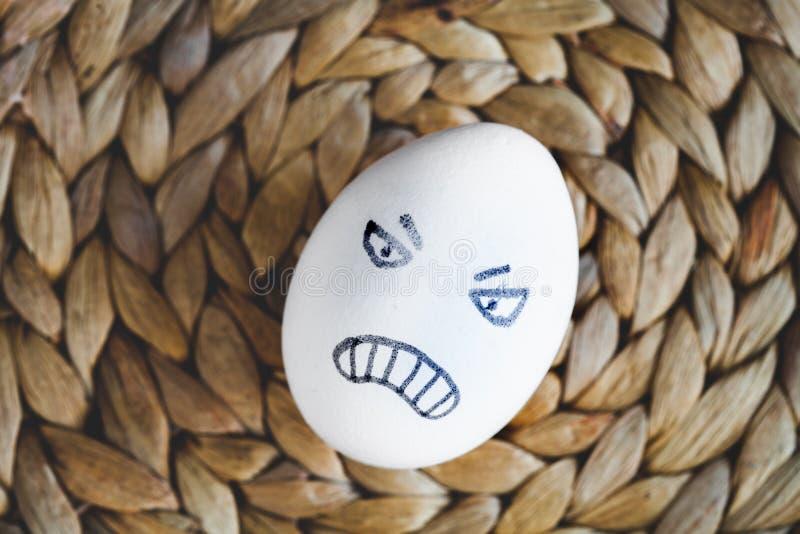 Van concepten menselijke verhoudingen en emoties eieren - woede royalty-vrije stock foto's