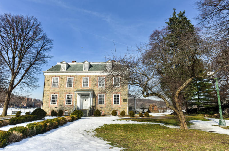 Van Cortlandt Manor House. Historic Georgian 1748 Van Cortlandt Manor House built in dressed fieldstone with a double-hipped roof in Bronx, New York stock image