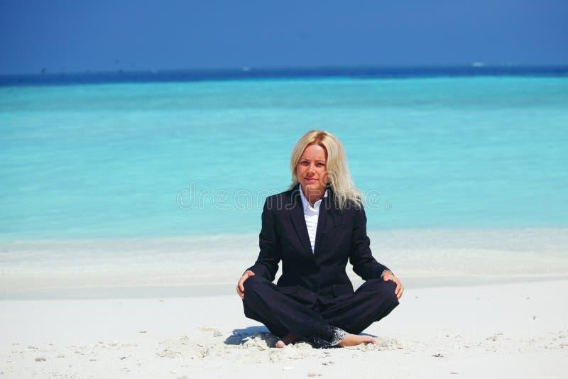 Van de bedrijfs yoga vrouw royalty-vrije stock afbeelding
