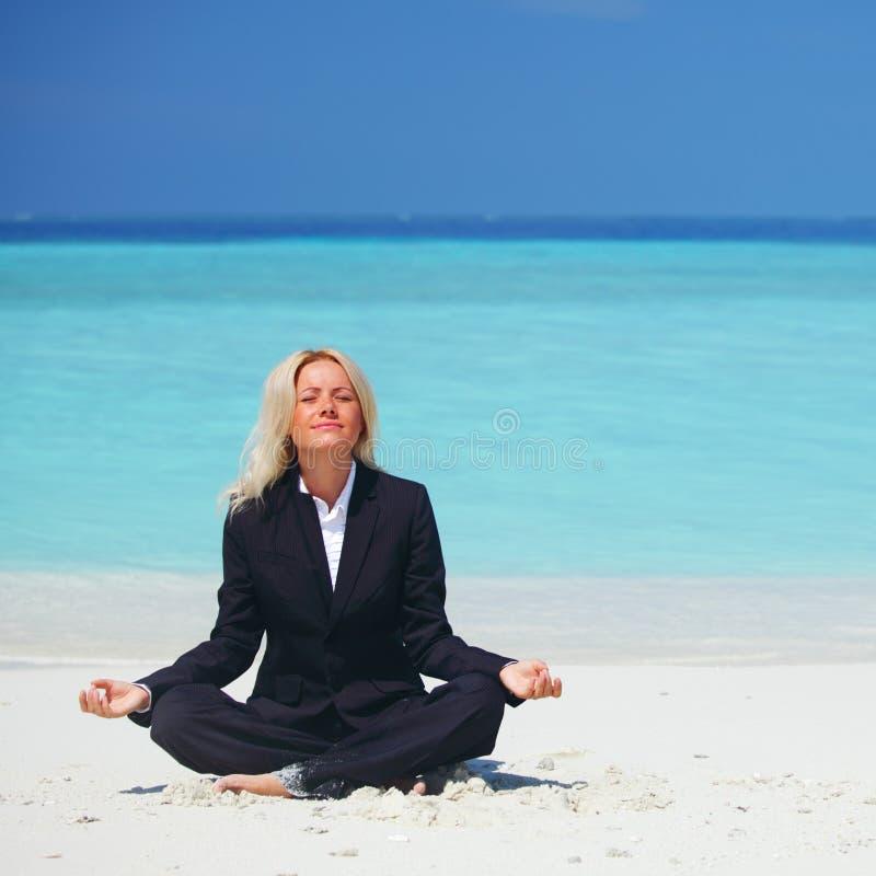 Van de bedrijfs yoga vrouw stock foto