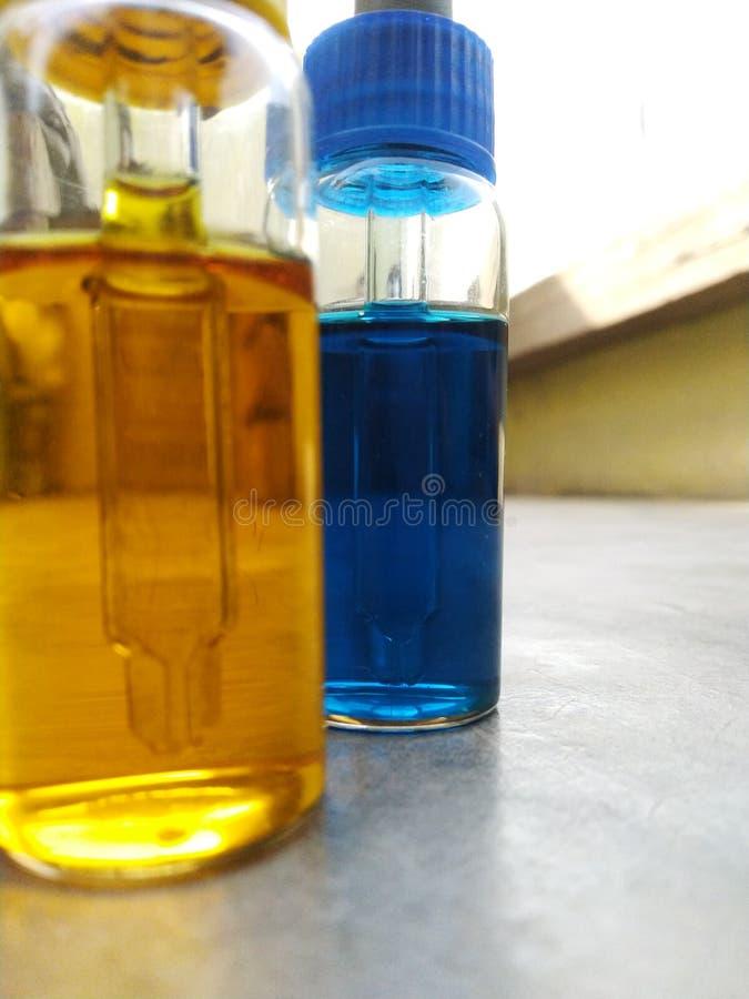 Van de de container monoclonal bloedgroep van het Droperflessenglas van de uitrustingsantibiotica het antigeenantilichaam stock foto's