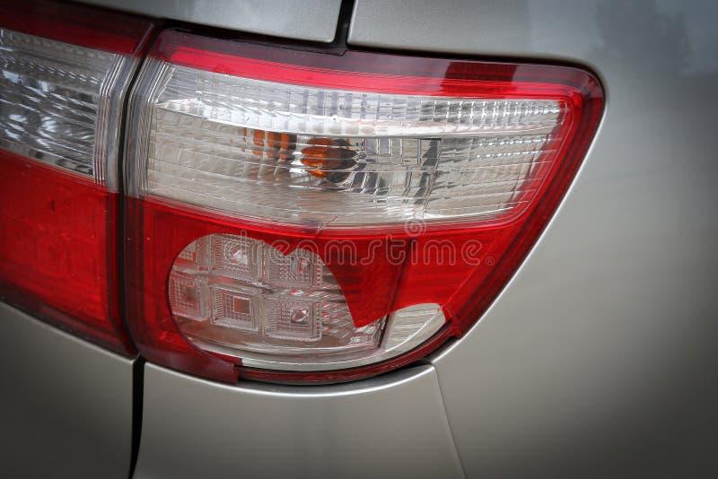 Van de de botsingsneerstorting van de voertuigauto achterlicht gebroken de schadeongeval royalty-vrije stock fotografie