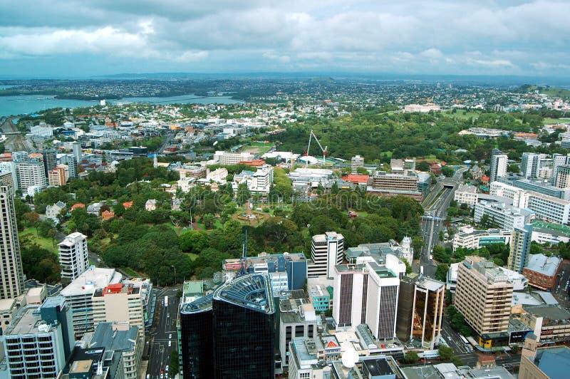 Van de de Hemeltoren van Auckland de stad & de haven luchtpanorama in Nieuw Zeeland royalty-vrije stock foto's