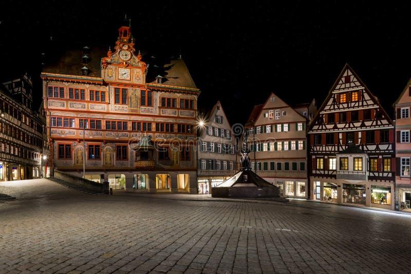 Van de de Nachthemel van Tübingen Rathaus Marktplatz Sterrige Mooie Europees stock afbeeldingen