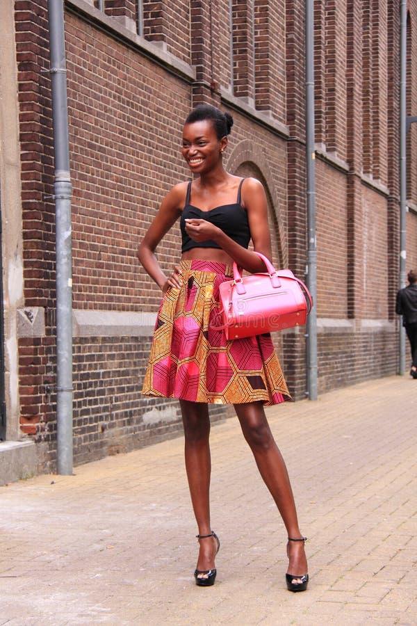 Van de de straatstijl van de de zomeruitrusting de manier Amsterdam stock afbeelding