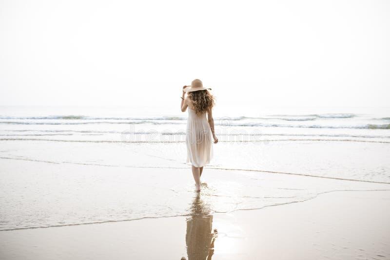 Van de de Vakantievakantie van de strandzomer Reizend de Ontspanningsconcept stock afbeelding