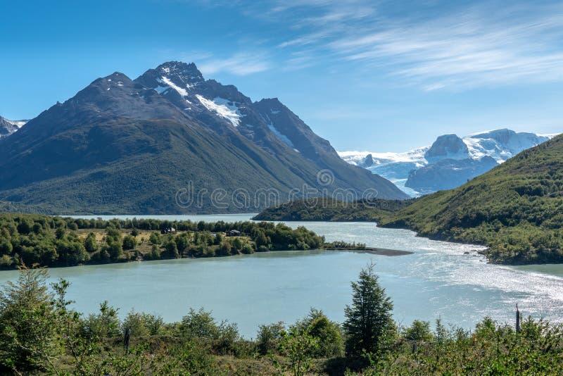 Van de gletsjermeer en Berg Bezinning royalty-vrije stock fotografie