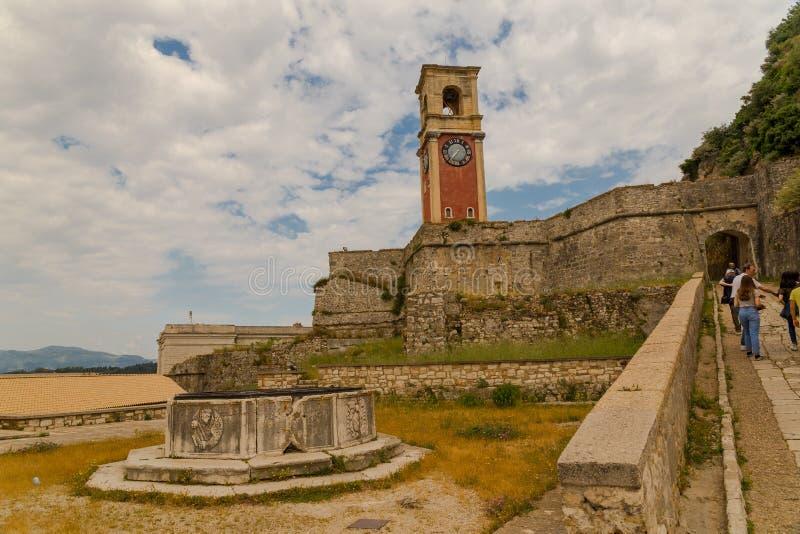 Van de het eiland de oude vesting van Korfu klokketoren Griekenland stock afbeelding