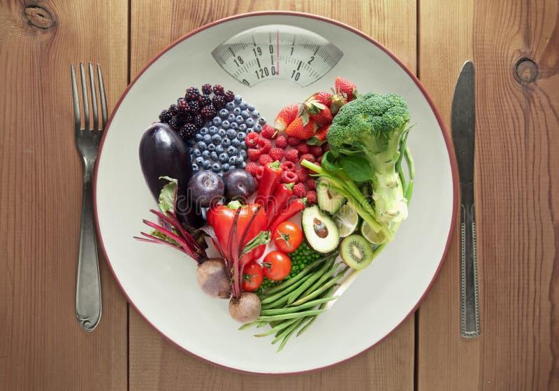 Van de het hartvorm van het dieetconcept het fruit en de groenten stock afbeeldingen