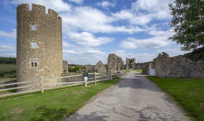 Van de het Kasteeltoren van Farleighhungerford de Kapel en Gatehouse stock afbeelding