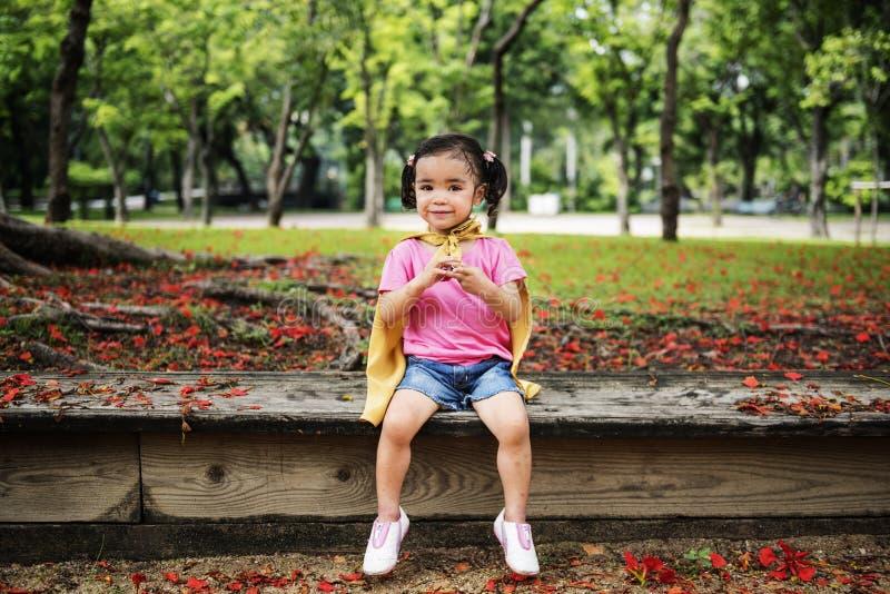 Van de het Kindspeelplaats van de meisjes Aanbiddelijk Aspiratie de Werfconcept stock fotografie