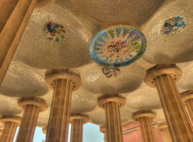 Van de het mozaïekkunst van Parc guell het plafond Barcelona Spanje royalty-vrije stock fotografie