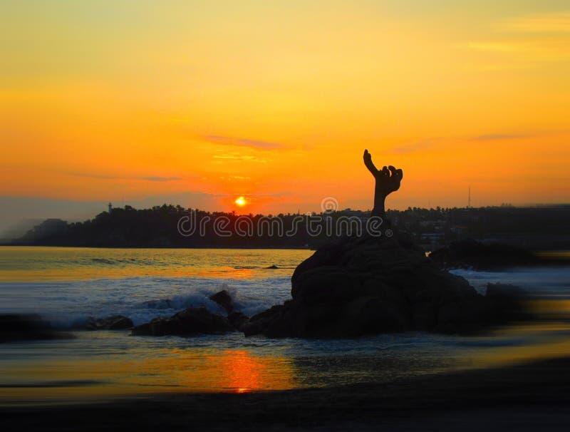 Van de het panorama oceaanzomer van het zonsondergangstrand de tijdvakantie royalty-vrije stock afbeelding
