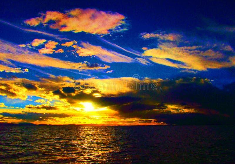 Van de het panorama oceaanzomer van het zonsondergangstrand de tijdvakantie stock foto