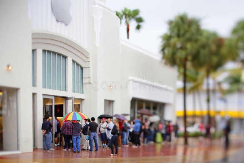 Van de het Strandschuine stand van Apple Store Miami de verschuivingseffect stock fotografie
