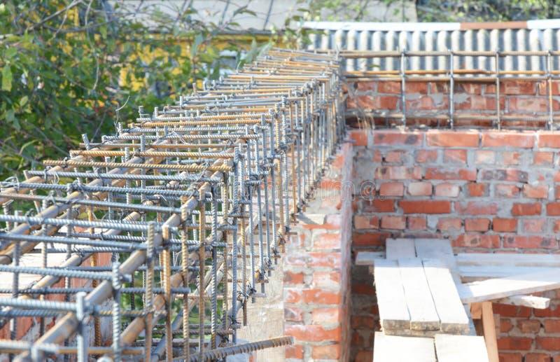 Van de het vensterlateibalk van het versterkingshuis de concrete bars met walsdraadbouw royalty-vrije stock foto's